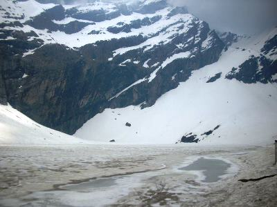 Frozen Hemkund Lake